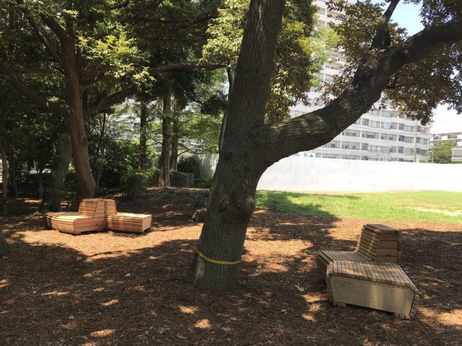 横浜市 公園 ベンチ